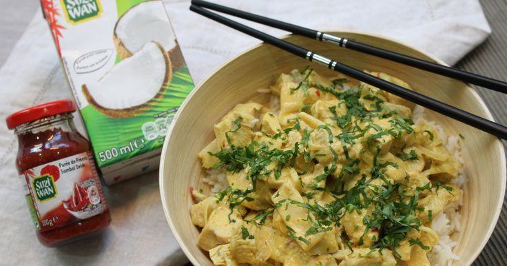 Recette - Curry de poulet au lait de coco en vidéo