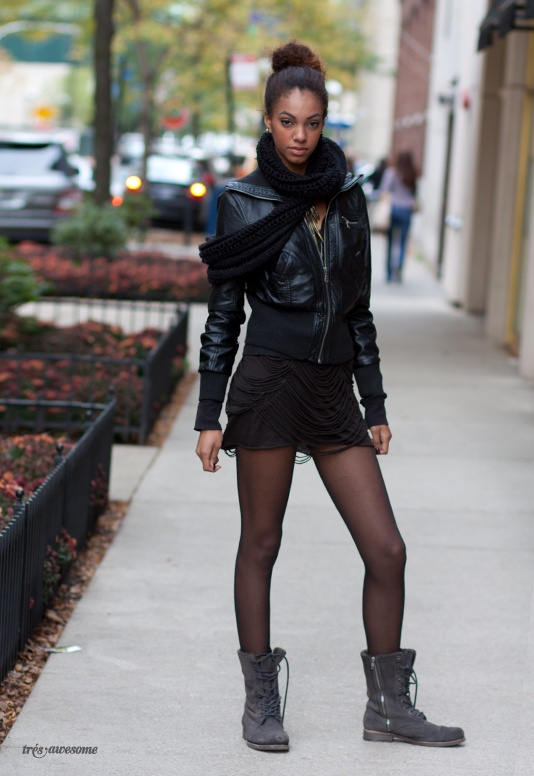 Très Awesome ♥ Chicago Street Style: leather jacket.