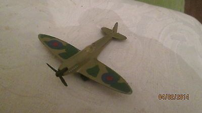 Matchbox lesney spitfire model airplane ref sb8 1973 http www
