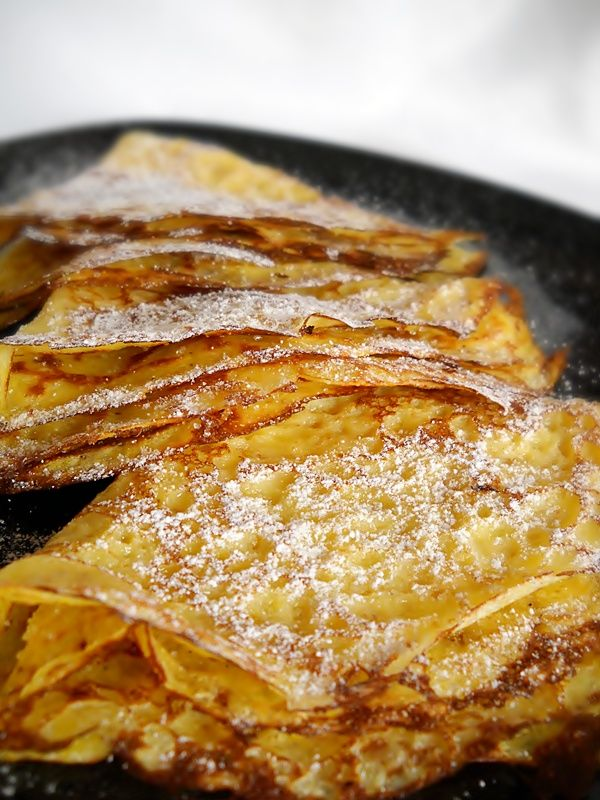 Bucataresele Vesele-retete culinare,retete ilustrate: Clatite cu Faina de Malai