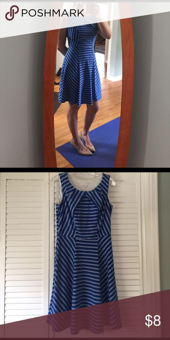 Blue and white stripped sundress 🔵⚪️ Fun little stripped dress! Good for work or a night out. Bought from NY& Company. Dresses