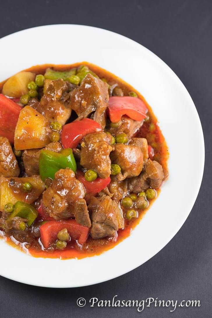 Pork mechado is a Filipino pork stew. This particular recipe is composed of pork slices, potato, frozen green peas, and bell peppers. It is a simple dish that can easily be prepared by anyone. Follow the recipe exactly as it is written so that you can be guided accordingly.