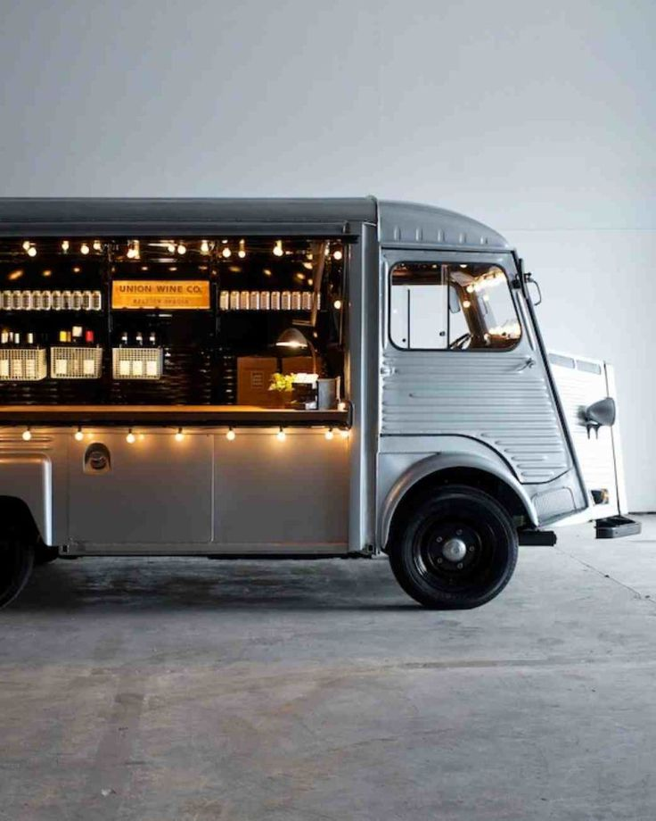 Best 25 coffee van ideas on pinterest for Cool food truck designs