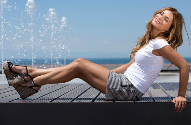 Salonica's sunny harbor moments with Eleni Tsolaki!