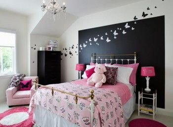 Teen Girl Room using Benjamin Moore colors: black 2132-10 and white dove OC-17.  Window treatment: