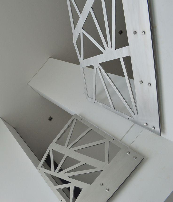 Baranda en aluminio y acrílico cristal #Railhand #Aluminio