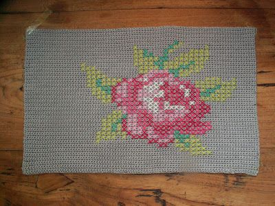 Howling at the moon: Crochet Pillow with Cross Stitch Rose