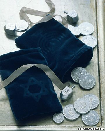 velvet gelt bag for #hanukkah via martha stewart