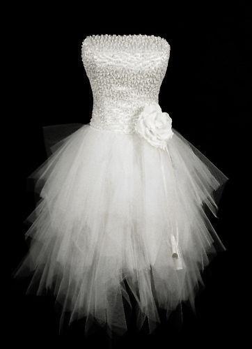 love this dress...rockstar version of my wedding dress