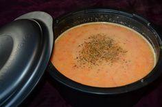 Paprikasoep In de ultra pro (2,5L) van Tupperware een lekkere paprikasoep binnen het kwartier.