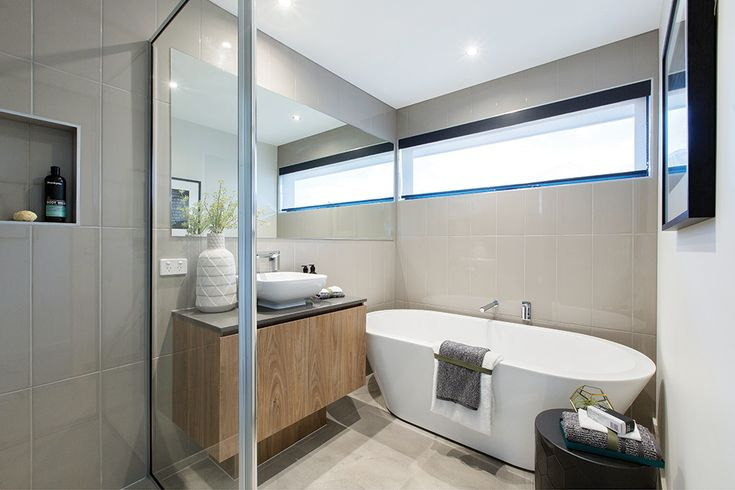 Free standing bath in the main bathroom styled with an Amsterdam World of Style in the Hoffman display.