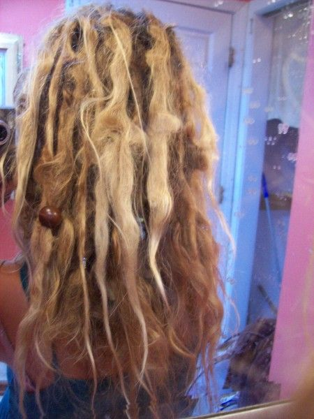 so gorgeous Natural Dreads - no wax needed!