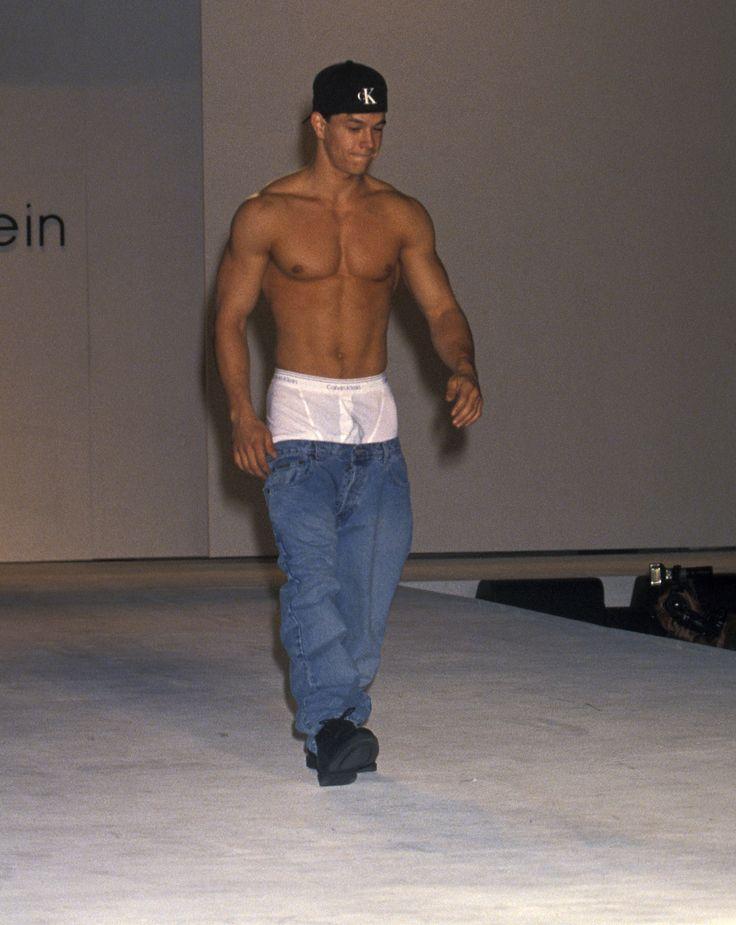 Mark Wahlberg - Calvin Klein fashion show   Sagging pants ...