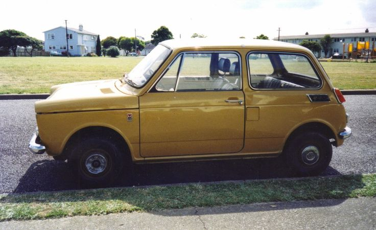 Honda N360. Only 36,000 miles on it then. No rust, very tidy.