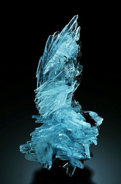 Beautiful Minerals — gorgeousgeology: Barite is a mineral...