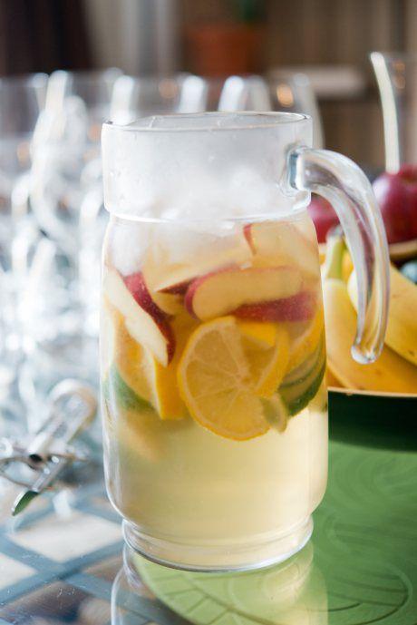 White Sangria (1 bottle (750 ml) Chardonnay 1 liter ginger ale 1 apple 1 lemon 1 lime)