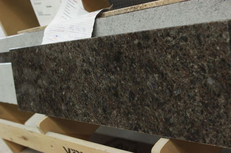 Lieferung der #Granit #Fensterbank, Material #Labrador #Antic. #maasgmbh #granit #fensterbänke  http://www.maasgmbh.com/aktuelle-bonn-labrador-antic-granit-fensterbank-bonn-labrador-antic