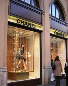 Where to Buy Munich Designer Clothes and Shoes Chanel