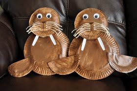 I HEART CRAFTY THINGS: Paper Plate Walrus