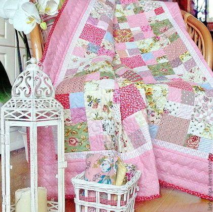 Плед лоскутный детский розовый в горошек. Детское лоскутное одеяло. Покрывало детское.  Автор Lady Olga