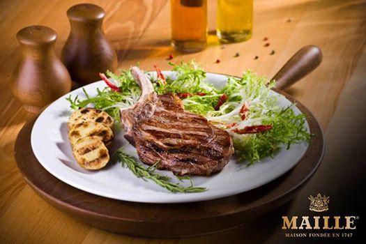 Maille hardalının kırmızı etlerle olan mükemmel uyumunu görmek için Maille Dijon Orjinal Hardalını pirzola ile deneyebilirsiniz. https://www.facebook.com/MailleTurkiye