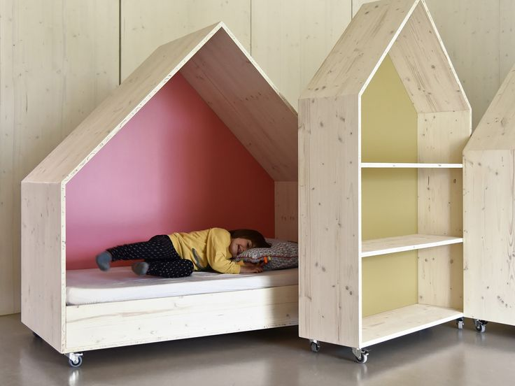 Children and Family Center in Ludwigsburg | custom moveable furniture