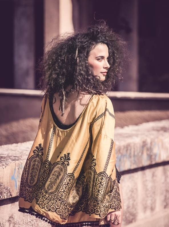 The Zeus backless kimono in yellow & in black #nidodileda #kimono