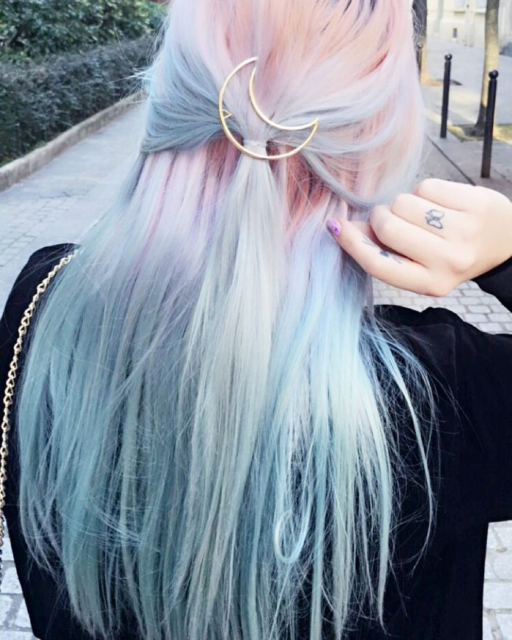 pale pink and blue with a crescent moon clip #hairdye #haircolor #hairchalk
