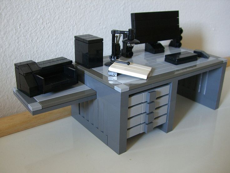 Lego office! Cool!