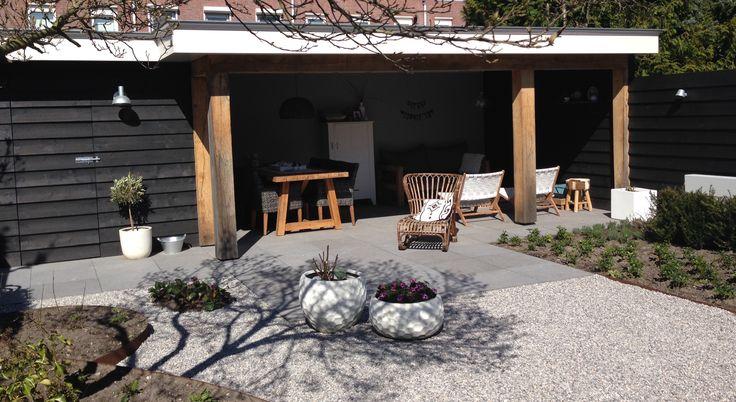 Tuinhuis veranda overkapping tuin modern eiken zwart gepotdekseld