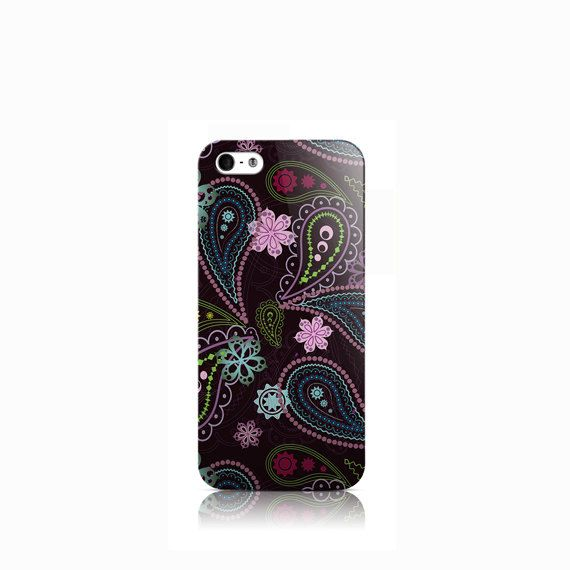 Snekz - Funky Paisley Pattern is available for iPhone 4/4S, iPhone 5/5s, iPhone 5c, iPhone 6, Nexus 5, LG G3, Galaxy S3 and Galaxy S5  The picture