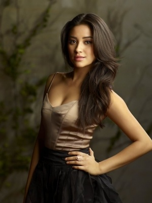shay mitchell ..love this hair color