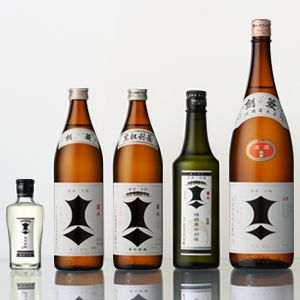 剣菱&黒松剣菱 Kenbishi: 上撰 Sake, Kenbishi Syuzo Co., Ltd.剣菱酒造 from Miyagi prefecture, Japan