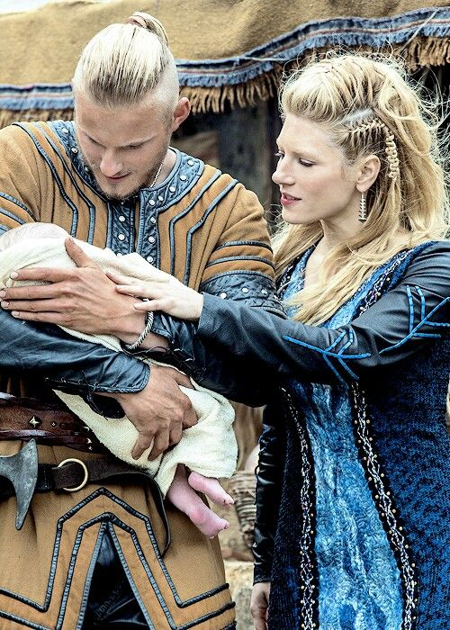 Bjorn (Alexander Ludwig) and Lagertha (Katheryn Winnick)