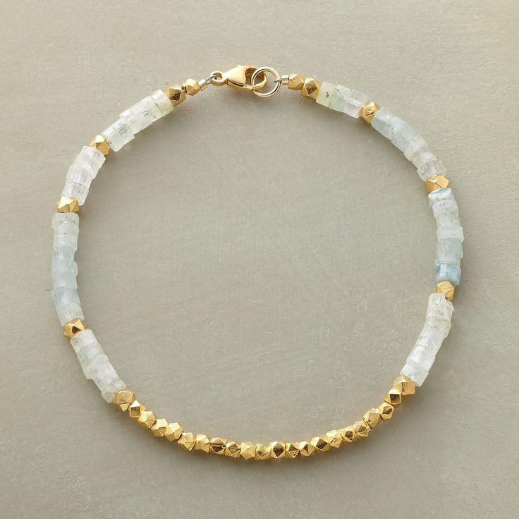 Best 25 Handmade Beaded Jewelry Ideas On Pinterest: 25+ Best Ideas About Beaded Bracelets On Pinterest