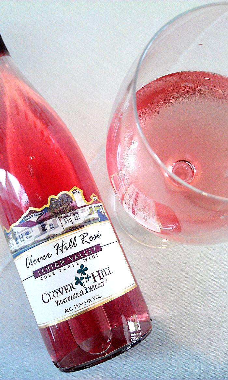 Ingredients 1 Bottle Of Clover Hill Rose Frozen Strawberries Frozen Raspberries Or Strawberries In A Mix Of Berries Kiwi Cut In Sip Sip Sangria In 2019