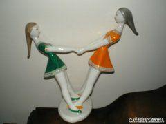 Hollóházi, táncoló lányok