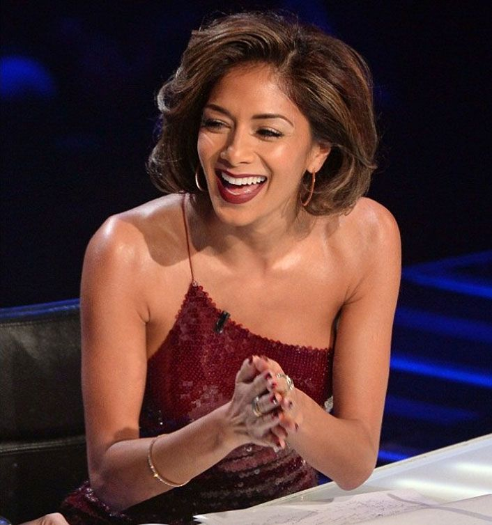 Nicole Scherzinger wore a bangle from the Folli Follie Match and Dazzle Collection on the X-Factor.