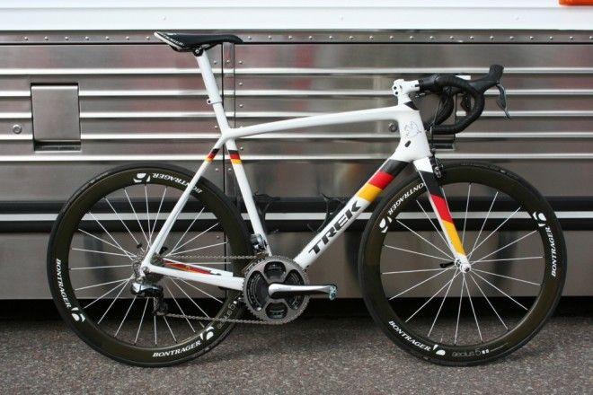No better way to do it. GO JENS!!!! Pro Bike Gallery: Jens Voigt's custom, tribute Trek Madone 7 - VeloNews.com