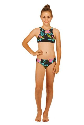 Make sure your teenager is equipped to #BeatTheSun in style this summer. Get a girl's rash vest from Neontide – FREE shipping Australia-wide!