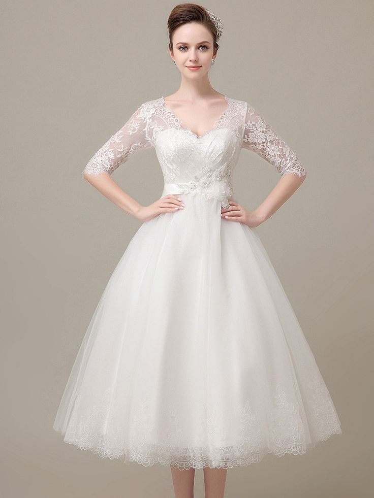 The 25 best 1940s wedding dresses ideas on pinterest for Wedding dress 30s style