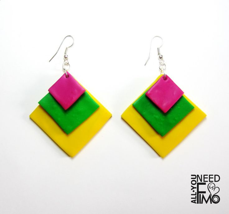 Geometric dangle earrings, commission order! Contact me and ask for a custom order ❤ #fimo #polymerclay #artigianato #fattoamano #handmade #earrings #orecchini #pendants #charms #geometry #geometricearrings #geometricjewelry #geometricjewellery #rhombus #summercolors #warmcolors #yellow #green #pink #fuxia #customorders #commission #handmadeshop #allyouneedisfimo #fimoearrings #polymerclaycreations #fimocreationsi #summer #colors #personalized
