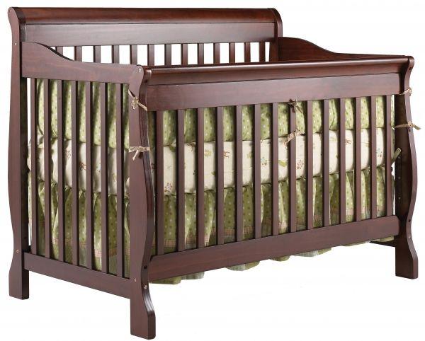 <p>- Un lit de bébé convertible en 4 étapes pour suivre l'évolution de votre enfant :<br />  Étape 1: Lit de bébé<br />  Étape 2: Lit de transition (barrière de sécurité vendue séparément)<br /> Étape 3: Lit de jour<br />  Étape 4: Lit double - transformable avec des extensions en métal ou en bois<br /> - Bois de ...