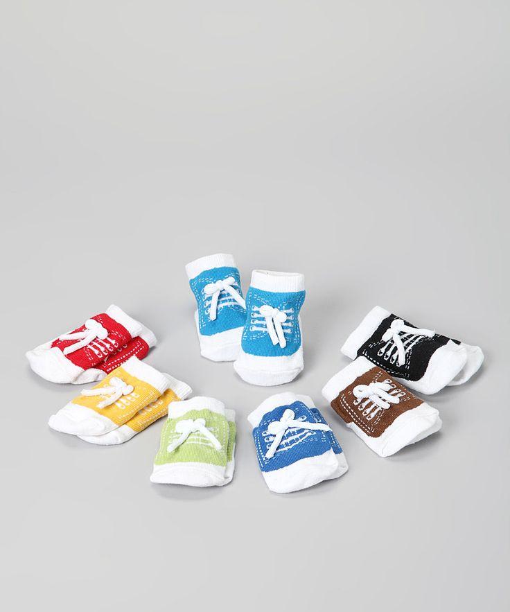 how to make blue socks into white socks