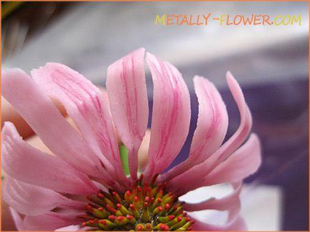 Окрашивание цветов из холодного фарфора