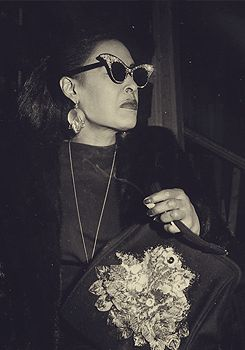 billie holiday; looking fabulous!