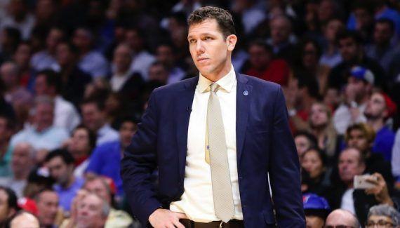 Jose Calderon bloqué sur le banc des Lakers -  Après un bon début de saison, tout part en vrille chez les Lakers. Les hommes de Luke Walton restent sur seulement 2 victoires en 17 matches, et le nouveau coach… Lire la suite»  http://www.basketusa.com/wp-content/uploads/2017/01/luke-walton-570x325.jpg - Par http://www.78682homes.com/jose-calderon-bloque-sur-le-banc-des-lakers homms2013 sur 78682 homes #Basket