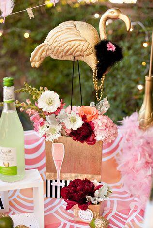 Розовые фламинго в декоре свадьбы - The-wedding.ru