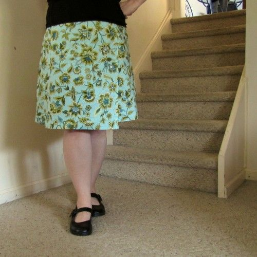 spring wrap skirtWrap Skirt Patterns, Wrap Skirts, Wraps Skirts Pattern, Cottages Pin, Sewing Skirts, Flirty Skirty, Spring Wraps, Dots, Wraps Skirt499