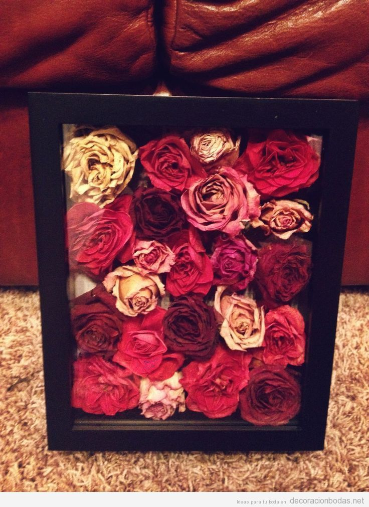 Ideas decorar, marco lleno de flores naturales